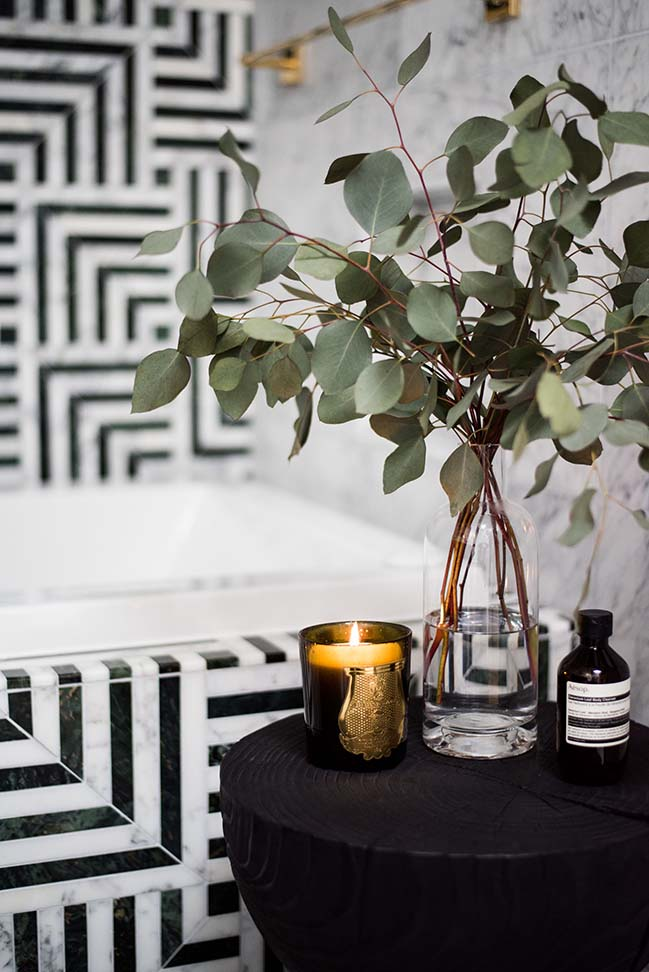 Black & White Hollywood Regency Bath by Studio SHK