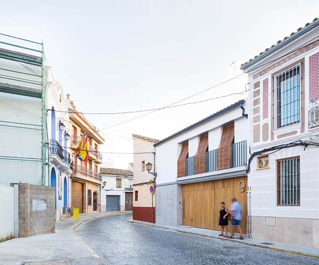 Impluvium' Minora House by CU4 Arquitectura