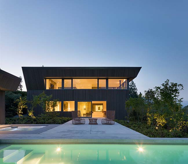 Deep Cove House by DArcy Jones Architects
