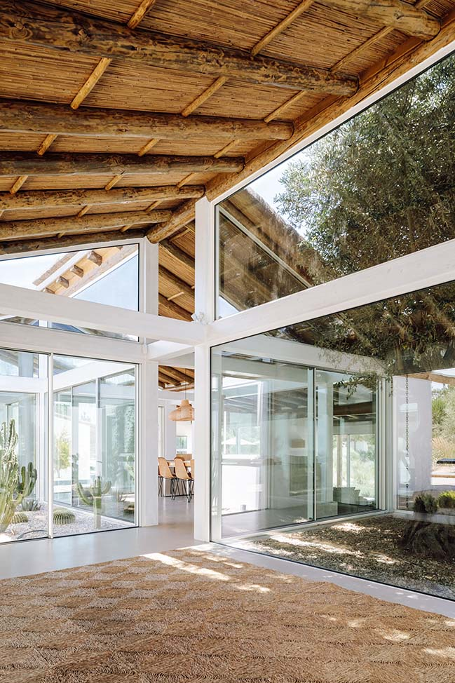 Hopscotch - A House in Comporta by António Costa Lima Arquitectos