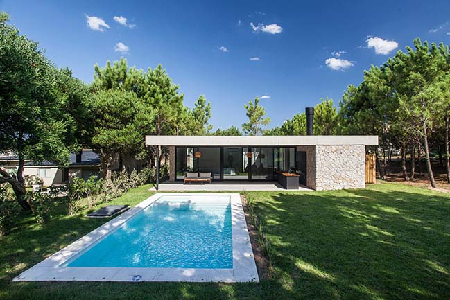 C House by Estudio PKa