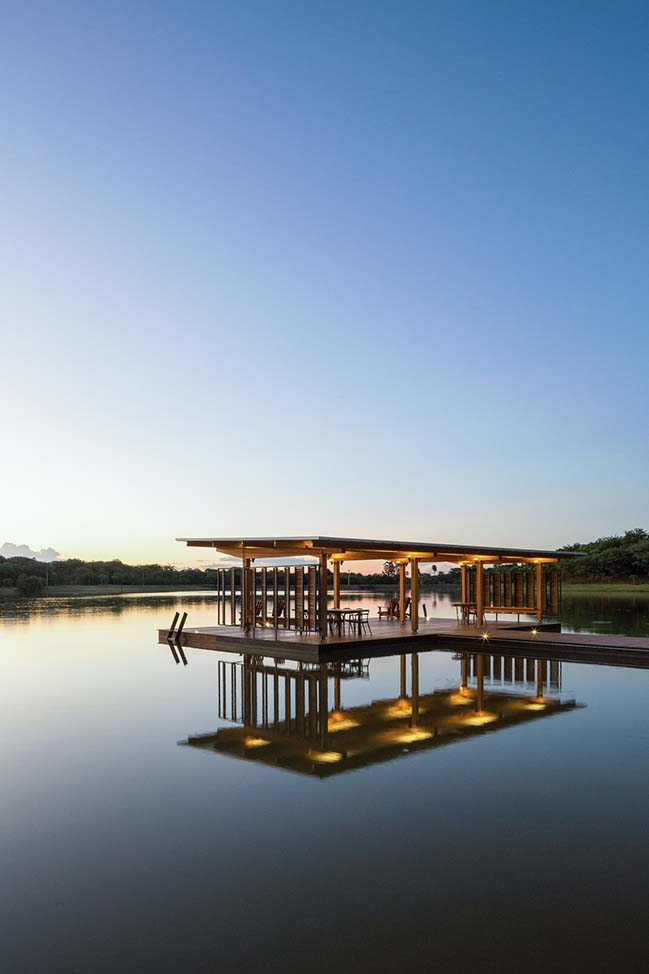 Floating pavilion by BRRO Arquitetos