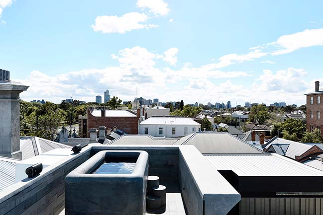 St Vincents Place Residence by B.E Architecture