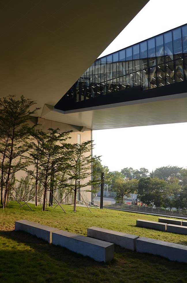 Chu Hai College Campus by Rocco Design Architects