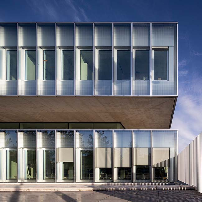 Chambre de Métiers et de l'Artisanat Hauts-De-France by KAAN Architecten and PRANLAS-DESCOURS architect & associates