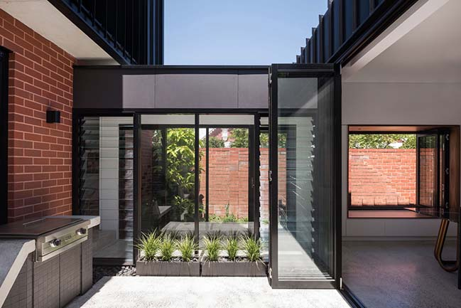 King George by Robeson Architects