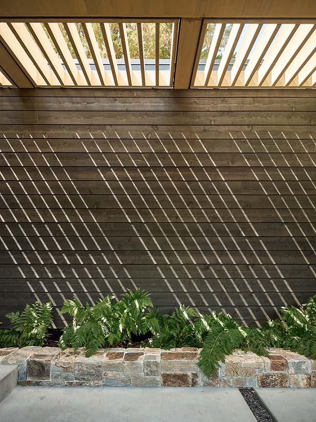 Portola Valley Ranch by Feldman Architecture