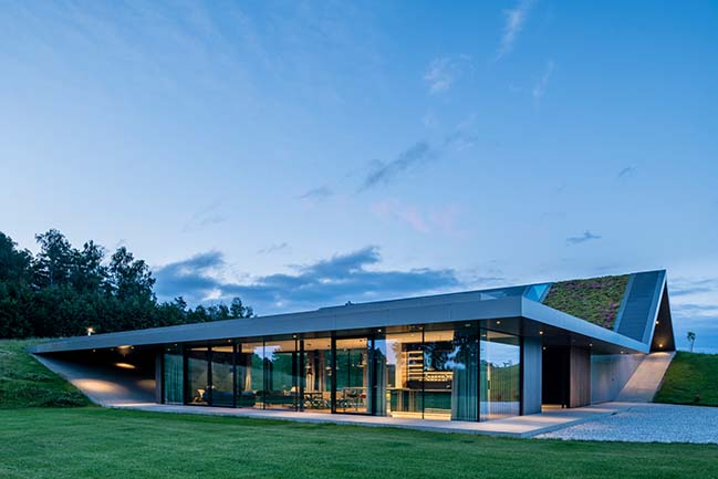 Green Line: Villa in Warmia by Mobius Architekci