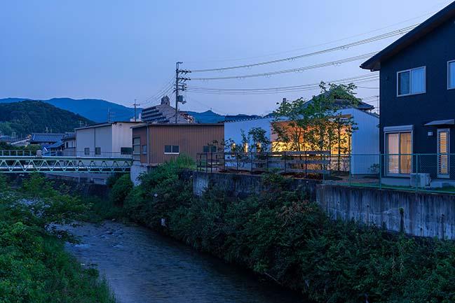 House in Kawachinagano by arbol