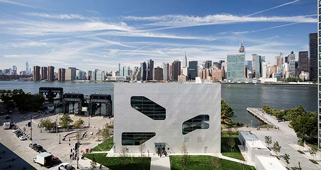 Hunters Point Library by Steven Holl Architects