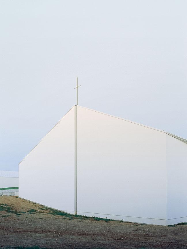 Church of the Penitent Thief by INOUTarchitettura / LADO architetti / LAMBER + LAMBER