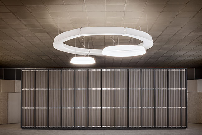 New multi-purpose hall by KM 429 architettura