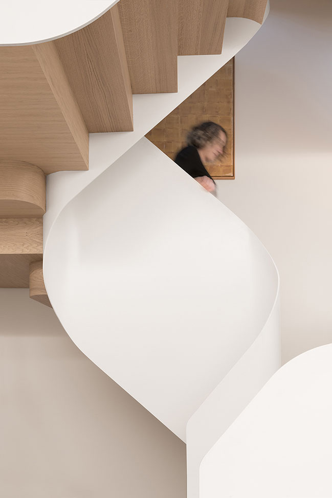 Light Falls by FLOW Architecture and Magrits