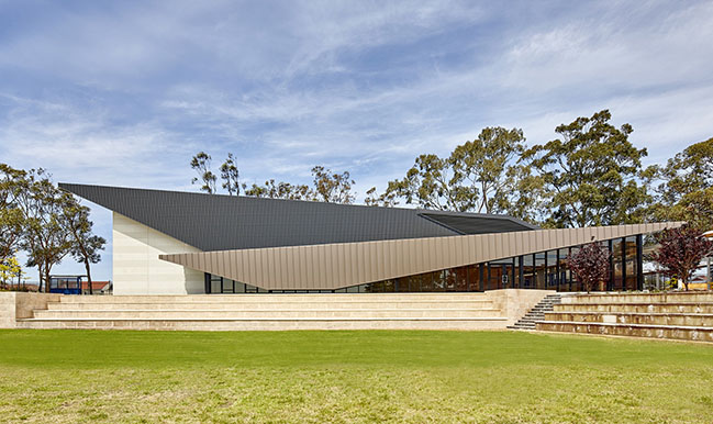 Melville Senior High School Theatre by Cox Architecture