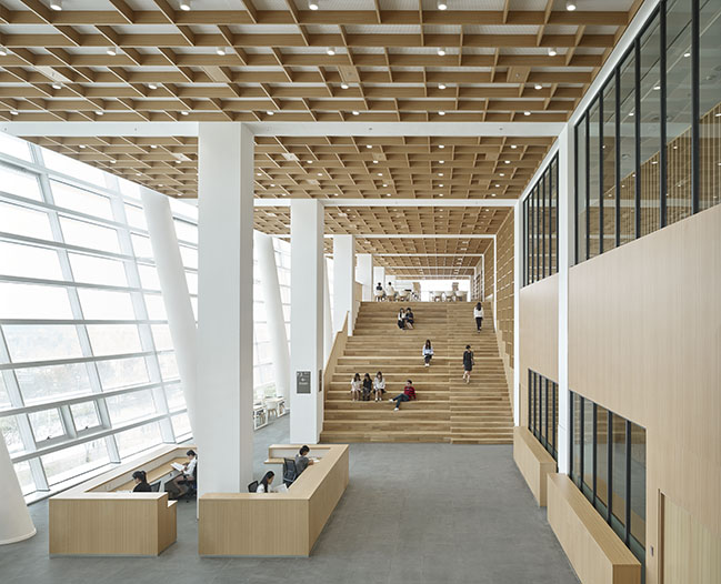 First library in China with an intelligent storage system by gmp Architekten