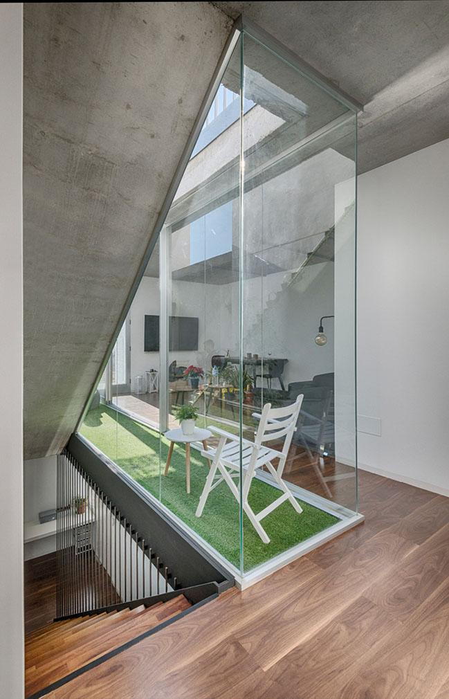 Carmen House by Rocamora Diseño y Arquitectura