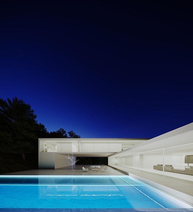 House in Rio de Janeiro by Fran Silvestre Arquitectos