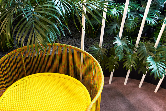 A fascinating workplace: The Maldives of design by Ippolito Fleitz Group