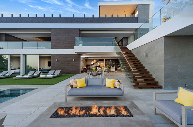 Los Tilos by Whipple Russell Architects