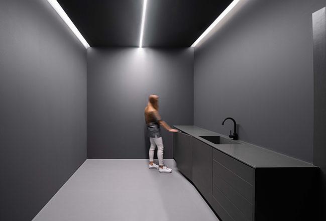 Dental Clinic by Fran Silvestre Arquitectos