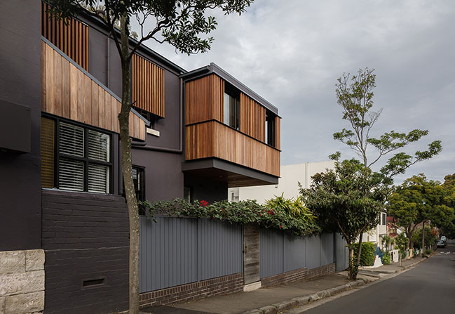 The Balcony by Bastian Architecture