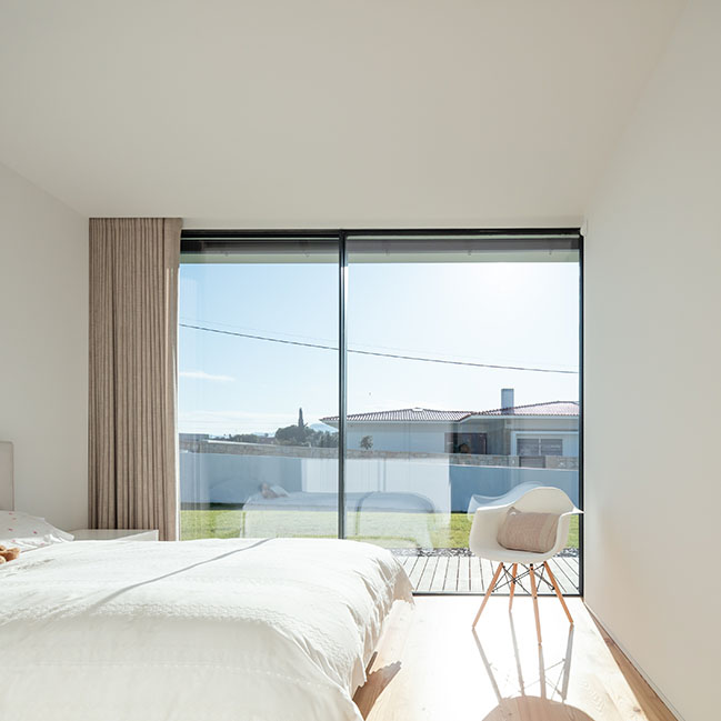 Galegos House by Raulino Silva Arquitecto