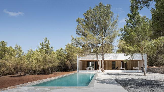 Ca l'Amo by Marià Castelló Architectures