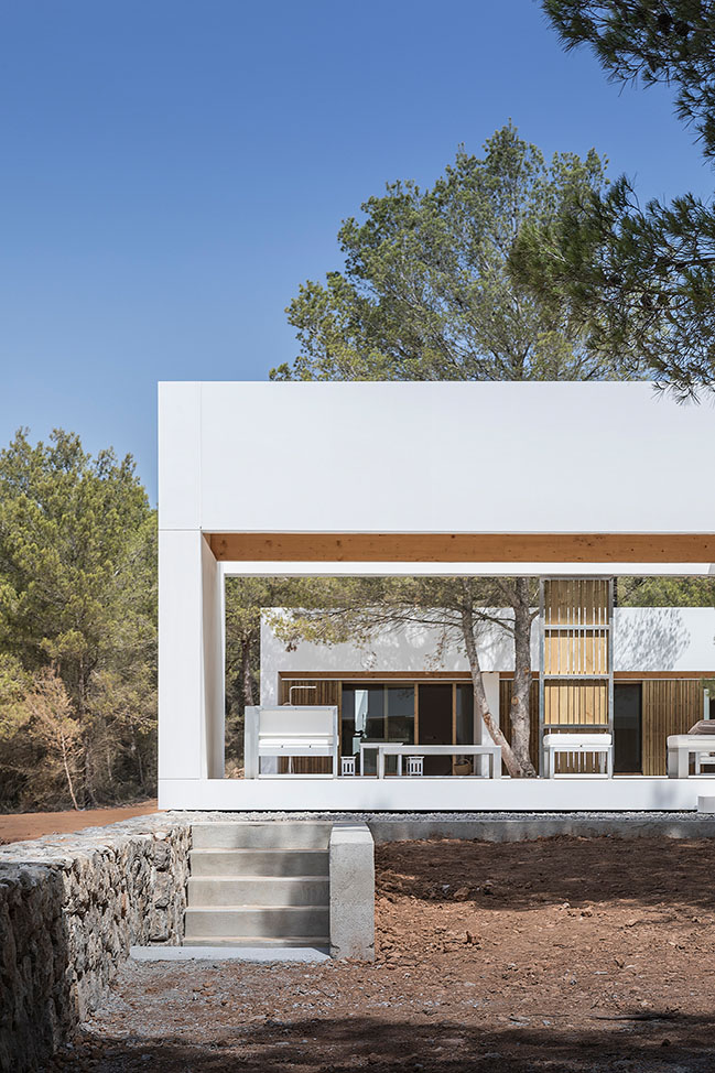 A house in Sant Mateu by Marià Castelló Architectures