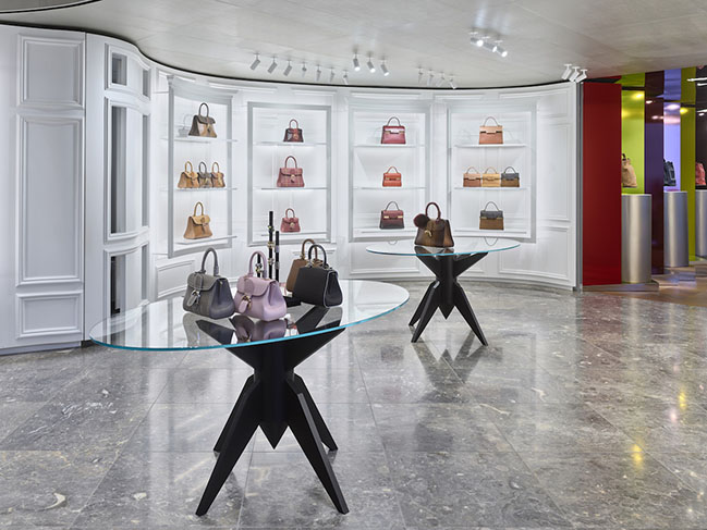 Delvaux Flagship store in New York by Vudafieri-Saverino Partners