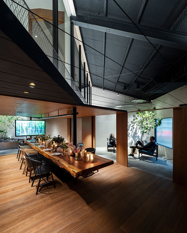 45 Degrees by J.C. Architecture