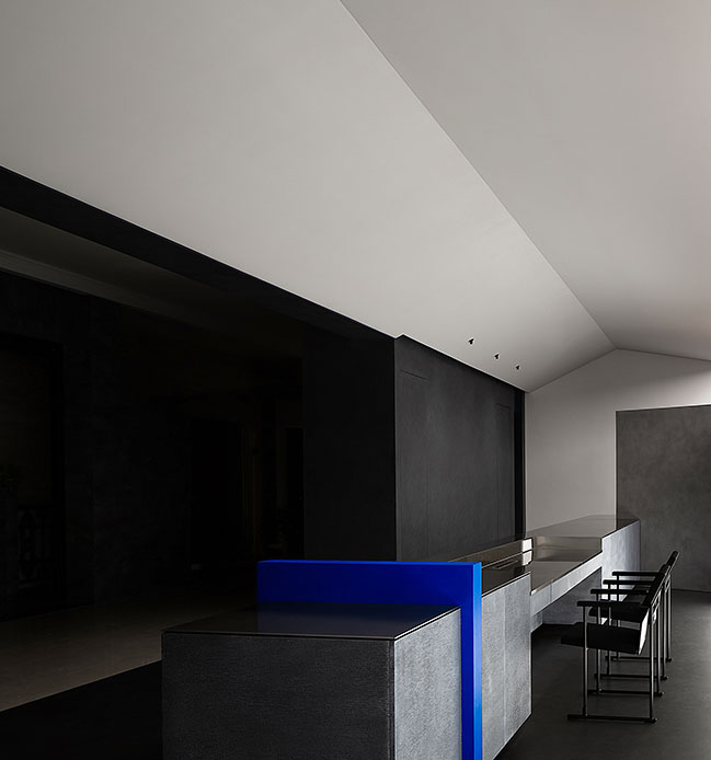 Novacolor Paint Showroom by AD ARCHITECTURE