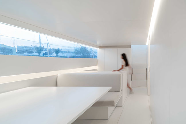 Topaz of Braye by Fran Silvestre Arquitectos