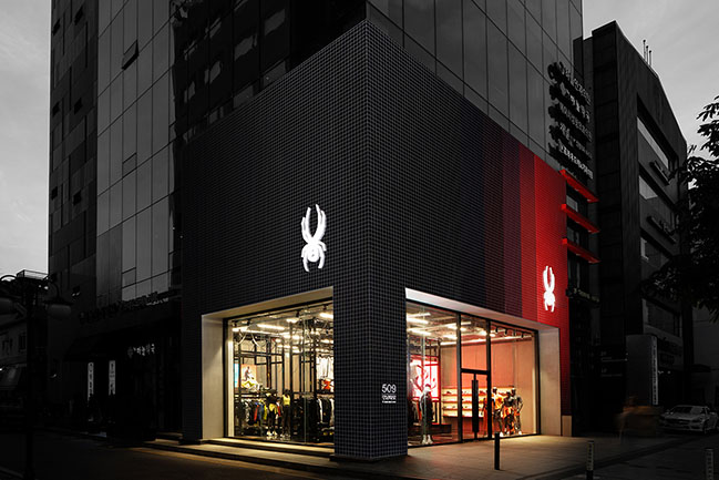 Spyder flagship store Gangnam by Jo Nagasaka / Schemata Architects
