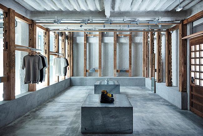 T-HOUSE New Balance by Jo Nagasaka / Schemata Architects + ondesign Partners
