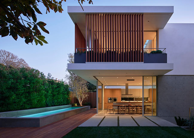 SL2 House by Montalba Architects