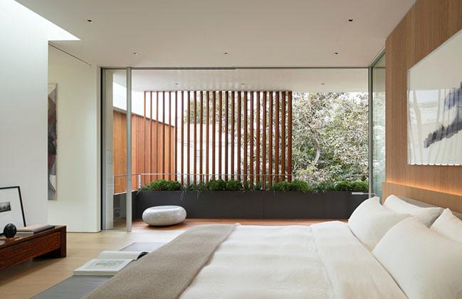 SL2 House by Montalba Architects