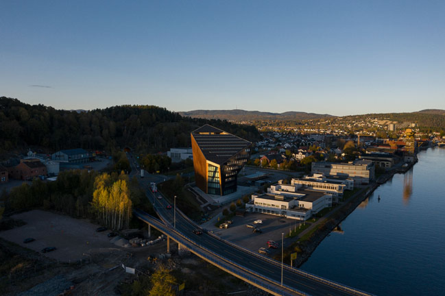 Snøhetta Completes its 4th Energy Positive Powerhouse in Telemark