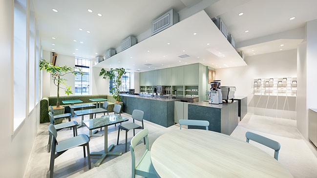 Jo Nagasaka的Blue Bottle Coffee Kyoto Kiyamachi Cafe / Schemata Architects