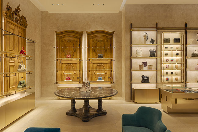 Delvaux: a new boutique in the heart of Paris by Vudafieri-Saverino Partners