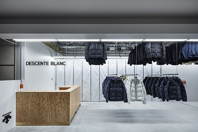 DESCENTE BLANC Sapporo by Jo Nagasaka / Schemata Architects
