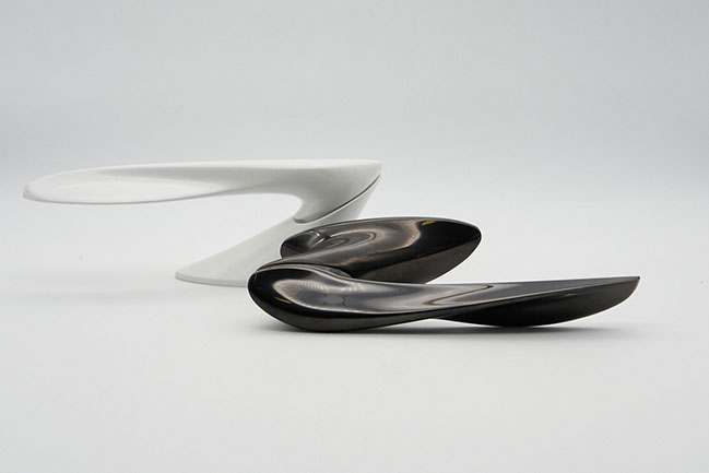 NEXXA door handle by Zaha Hadid Design for izé