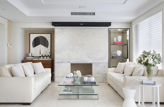 KC Apartment by Gabriela Casagrande Arquitetura