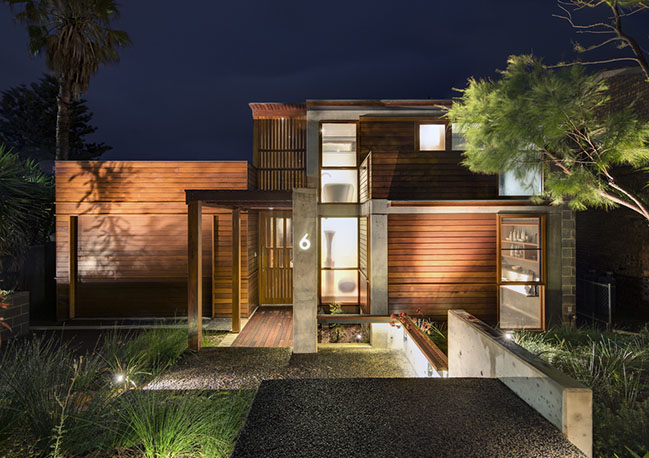 South Coast House by Indyk Architects