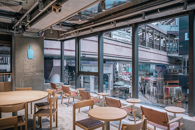 Blue Bottle Coffee Hong Kong Central Cafe by Jo Nagasaka / Schemata Architects