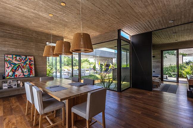 Pilará House by Besonías Almeida Arquitectos