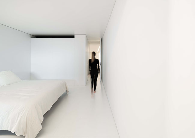 NIU N160 by Fran Silvestre Arquitectos