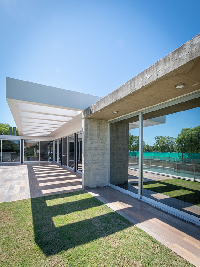 Single-family home in Villa Allende by MZ Arquitectos