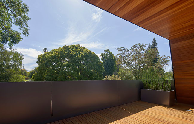 Edgewood House by Terry and Terry Architecture