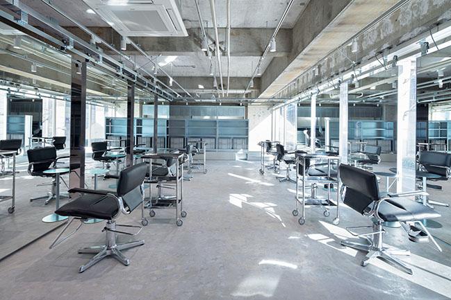 LIM, loji by Jo Nagasaka / Schemata Architects