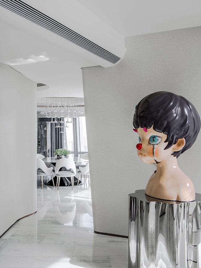 Duplex Apartment of Yanlord Marina Center by T.K. Chu Design